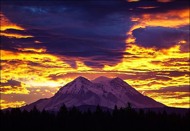 151009_sunrise_rainier_lg