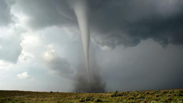 Торнадо в округе Эллис, Оклахома, 4 мая 2007 года (Фото: Reed Timmer/SPL)
