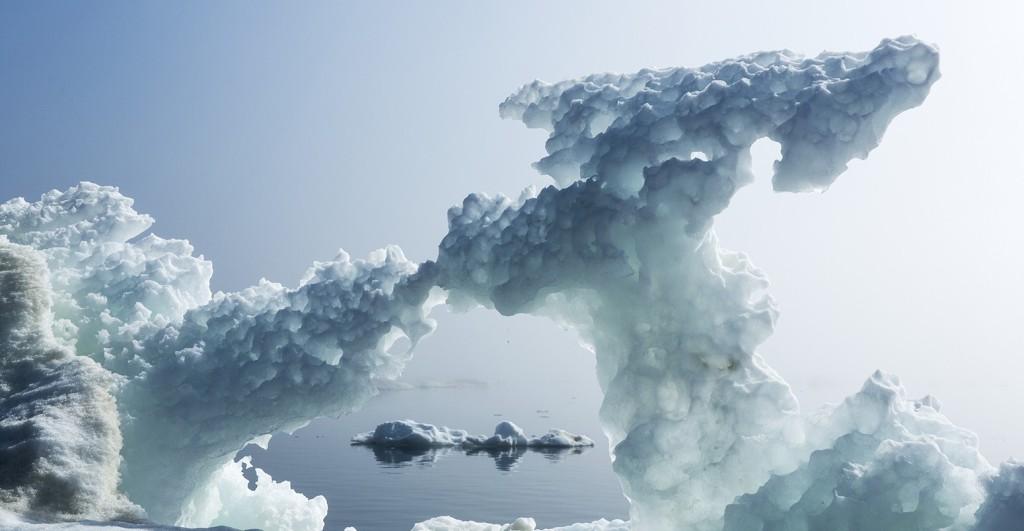 Corbis-RM-arctic-sea-ice-close-up-1550x804