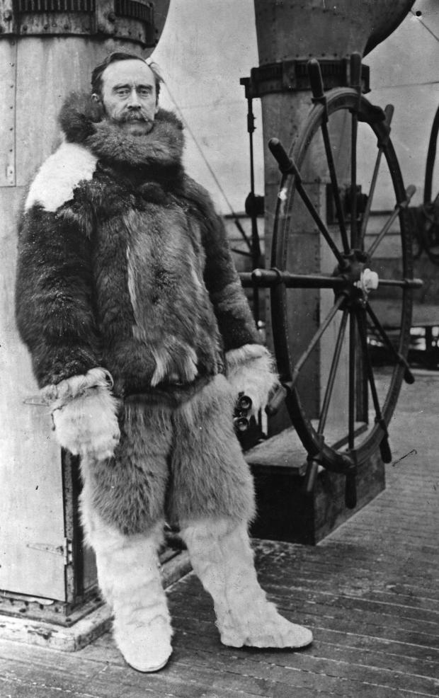 """Роберт Пири на борту корабля """"Рузвельт"""""""