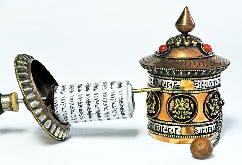 Тибетский молитвенный барабан, использовавшийся шпионами для нанесения информации